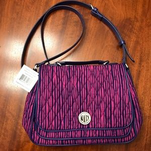 🎉HP Best in Gifts🎉 Vera Bradley Turnlock Bag