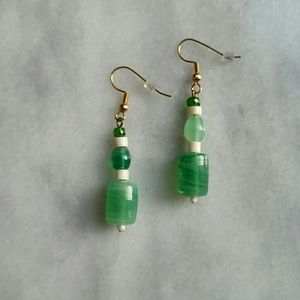 Jewelry - Green, white and gold earrings