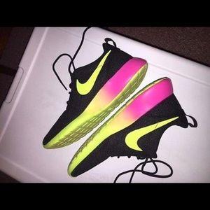 Women's Nike Roshe Customized Size 7