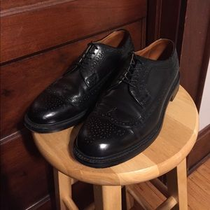 Black J. Crew Ludlow Longwing Oxfords