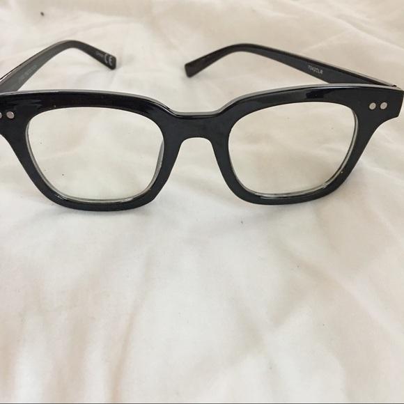 Accessories - Non Prescription Eyeglasses