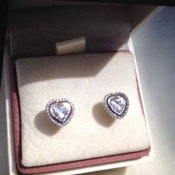 080395a496e1e Pandora Sparkling Love Silver Heart Earrings NEW Boutique