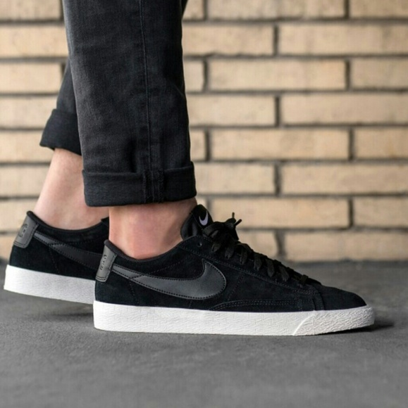 f0c5291e8a1559 ⭐SALE⭐ NWT Nike Blazer Low Top Black Suede Sneaker