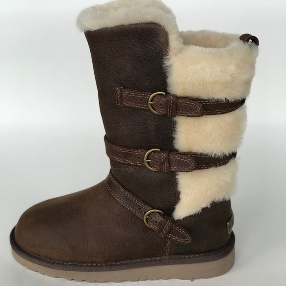 5407746cb50 NEW WITHOUT BOX 📦KIDS UGG BOOTS SIZE 1 NWT
