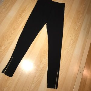 Leggings with zipper sides
