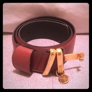 Fendi leather and gold buckle belt