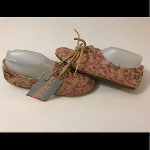 Roxy Floral Gracie Loafer shoes size 7.5