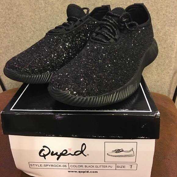 Qupid Black Sparkly Tennis Shoes Size 7