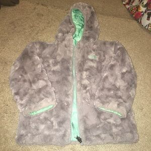aa82a88f9 Girls 4t authentic north face winter jacket