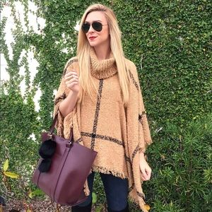 Sweaters - Turtleneck poncho