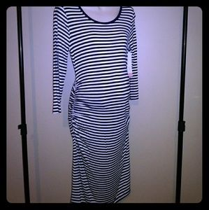 Liz Lange Maternity LSLV Dress-NWT