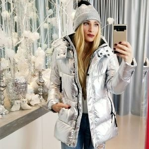 VINCE CAMUTO DOWN FILLED METALLIC COAT