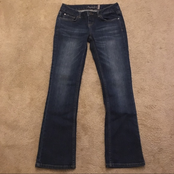 American rag curvy boot cut jeans
