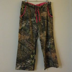 Camo mossy oak sweats
