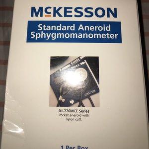 Standard android sphygmomanometer