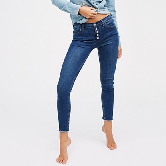 fd68f85034cdb Free People Pants - Free People Reagan Button Front Skinny jeans 27