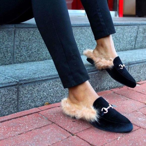 595badbeaf4 Black Faux Fur Velvet Loafers Slides