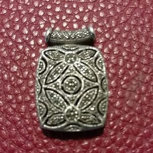 Jewelry - ESTATE FIND! 925 Sterling silver Marcasit pendant