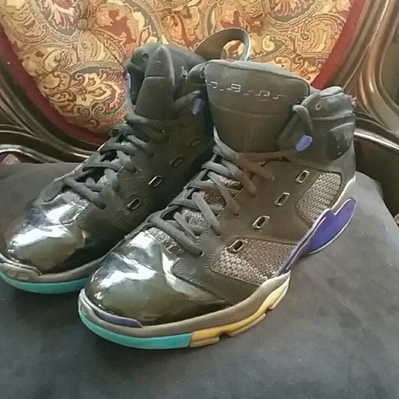 Air Jordan Shoes   Older Basketball