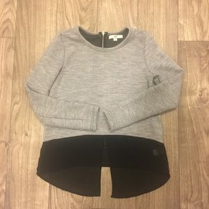 YA Los Angeles, Gray Sweater