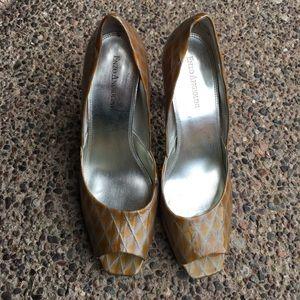 Enzo Angolino 8M peep toe shoes