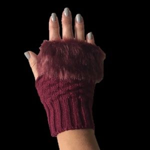 Accessories - Fingerless Gloves NWOT