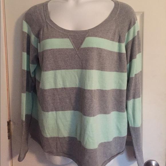 e68322177 GAP Sweaters