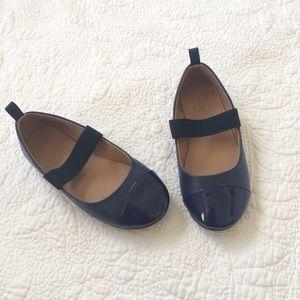 ❤️ Crazy8 Navy Blue Elastic Ballet Flats