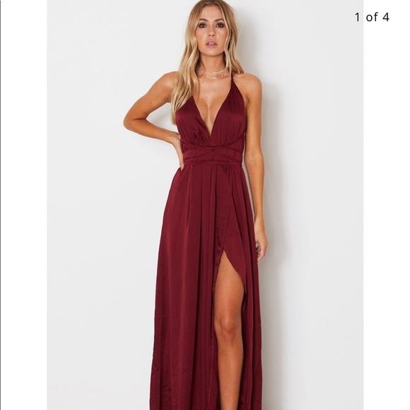 921ce05408e White Fox Akela Maxi Dress Merlot. M 59fde10efbf6f9077a08340b