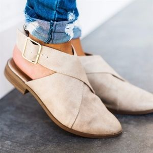Shoes - AVA Slip-on Flats - STONE