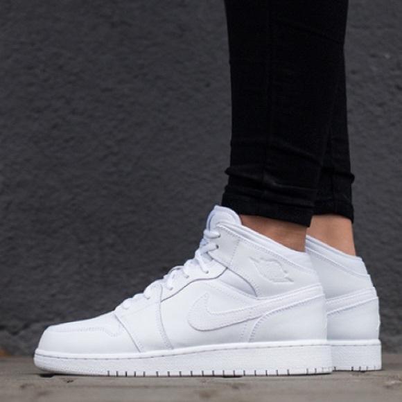 Nike Air Jordan 1 white size 8 shoes