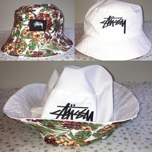 Reversible STUSSY Floral Bucket Hat 🔥 RARE