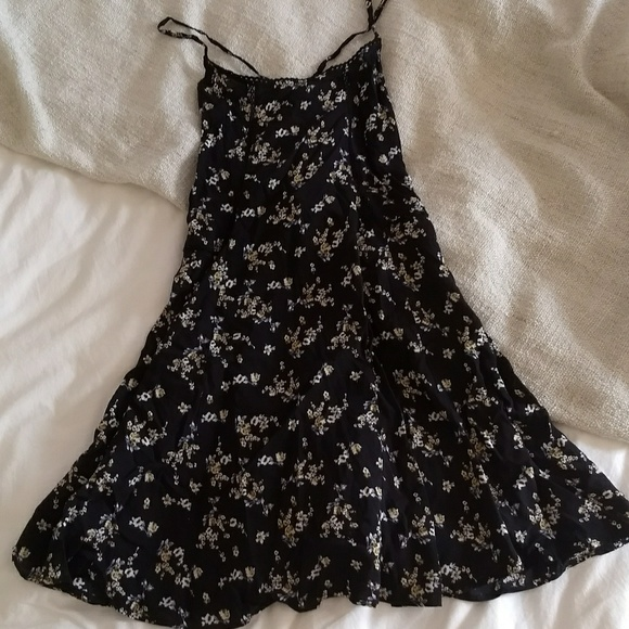 02985732 Pull&Bear Dresses | Pull Bear Floral Dress | Poshmark