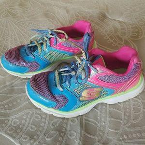 Skechers size 3 girl's multicolored sneakers
