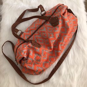 [mossimo supply co.] patterned duffle bag