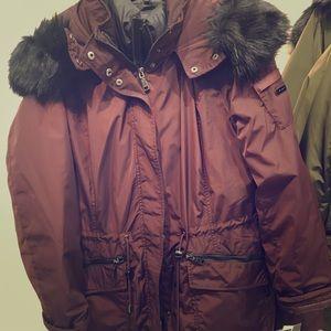 Tahari Winter Coats ❄️❄️🌬