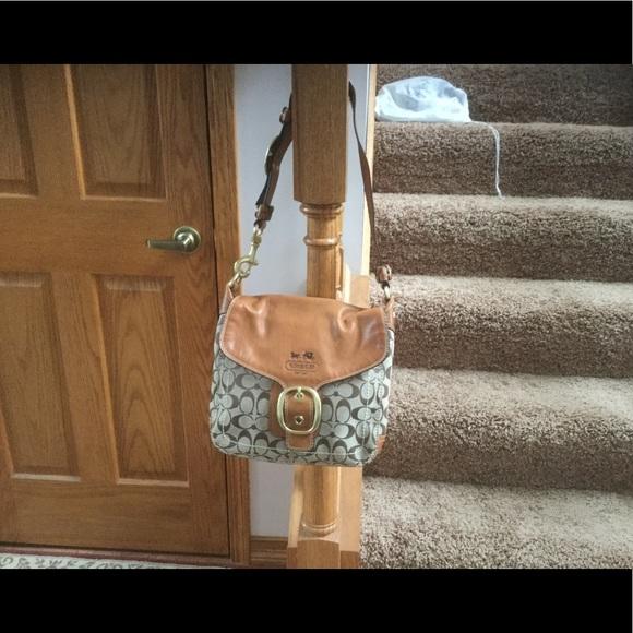 Coach Handbags - Womens coach bag  11434 578175bbe1683