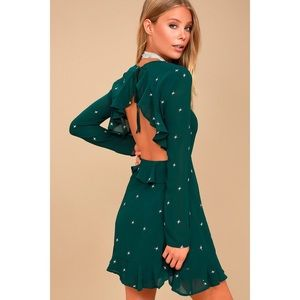 🆕 Green Star Embroidered Backless Ruffle Dress