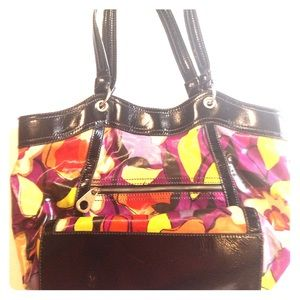 Relic Floral shoulder bag tote
