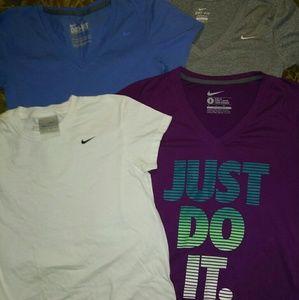 4 nike t shirts bundle szs xs-m