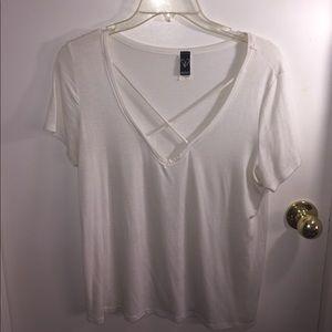 White v neck t shirt