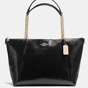 SALE❤️NWT Coach Pebble Lthr Ava Chain Shoulder Bag