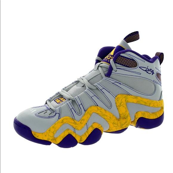 068a9c31795 Adidas Men s crazy 8 basketball shoe