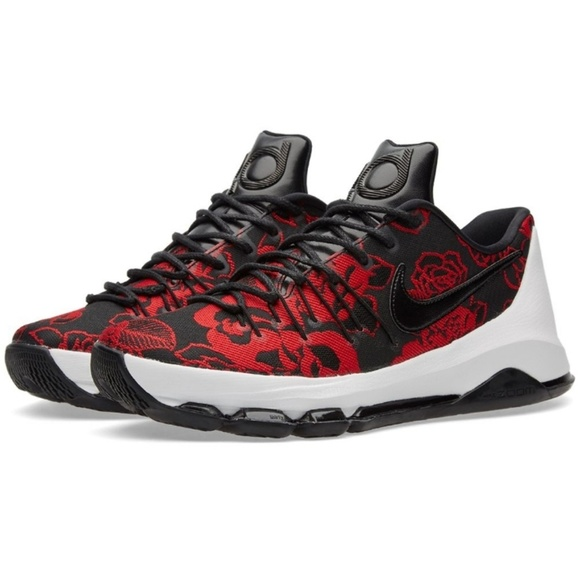 sports shoes cf4c9 b36dd ... Nike KD 8 EXT Black and Gym Red Sneakers. M 59fe217b6d64bc67cb099883