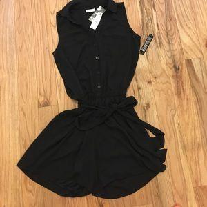 New York & Company Black Sleeveless Romper