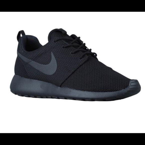 ed4c3b728b45 Used Women s Nike Roshe One in All Black. M 59fe2df356b2d68d1809c0df