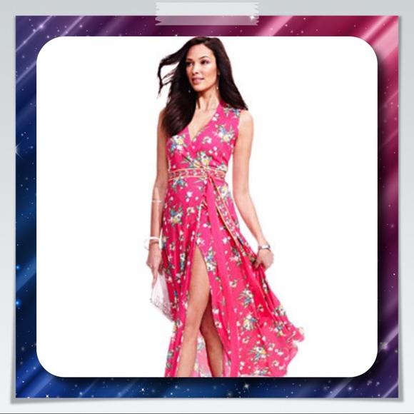 9490826c8aef0 New York   Company Floral Wrap Maxi Dress. M 59fe301f78b31c6ded09d4b8