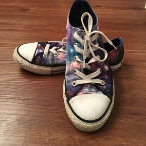 621c7d487ab9fd Converse Shoes - Space print Converse all stars low tops