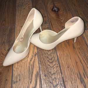 Nude D'Orsay Pumps