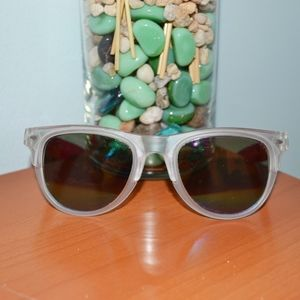 Accessories - Clear/ rainbow sunglasses
